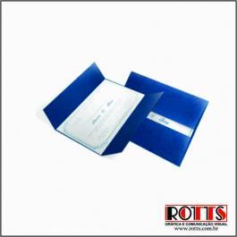 CLÁSSICO 07 Envelope Color Plus Estampado Toronto 180g 148x210mm 4x0 Sem Verniz Corte e Vinco Padrão