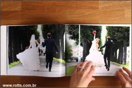 Fotolivros Ou Photobooks  12 Páginas 150g 20x25 CM 4x4 Couche brilho Capa dura Miolo papel Hot Melt
