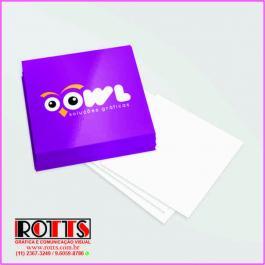 Mini Cartão 250g/m²  - - - - - 4x0 cores 250g/m² 4,3x4,8 cm 4x0 Verniz Total Brilho Frente Corte reto