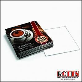 Mini Cartão 300grs 4,3x4,8 cm 4x0 Verniz Total Brilho Frente Corte reto