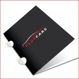 PASTAS Cartão 300g/m² Aberto: 44x32 cm  Fechado: 22x32 cm 4x0 Laminação BOPP Fosca Frente e Verso c/ Verniz UV Local Frente Corte vinco