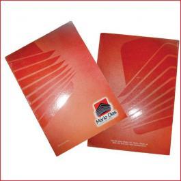 PASTAS Cartão 300g/m² Formato: 44x32 cm Aberto / 22x32 cm Fechado 4x0 Laminação BOPP Fosca Frente e Verso c/ Verniz UV Local Frente Corte vinco