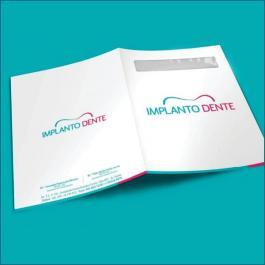 PASTAS Cartão 300g/m² Aberto: 44x32 cm  Fechado: 22x32 cm 4x1 Verniz Total Brilho  Corte vinco