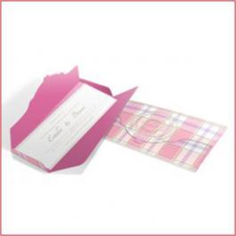 ROMÂNTICOS 01 Envelope Aspen Perolizado 180g 100x180mm 4x0 Lâmina Aspen Perolizado 180g Corte e Vinco Padrão